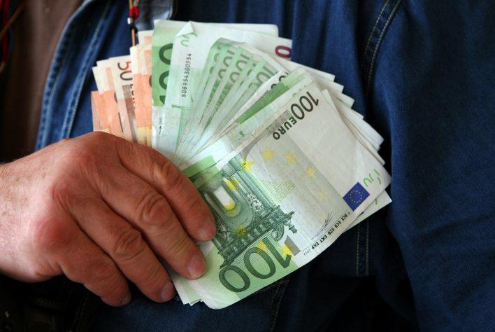 nevoie de bani unde să câștigi sisteme de indicatori de opțiuni