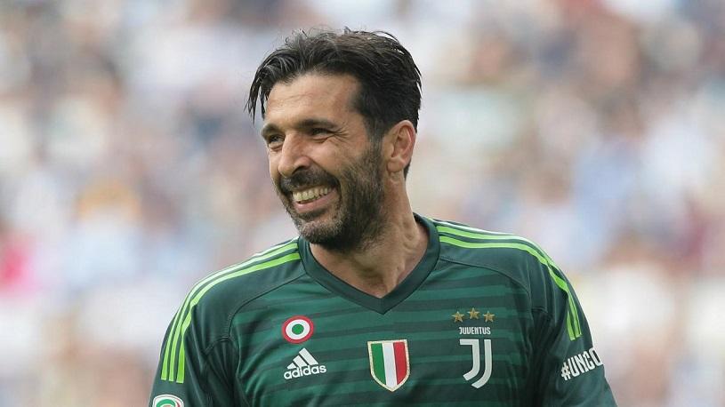 E OFICIAL! Legendarul Gianluigi Buffon s-a întors la Parma după 20 de ani și va juca alături de Valentin Mihăilă și de Dennis Man