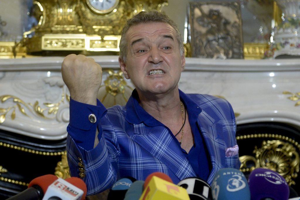 """""""Perla"""" FCSB-ului s-a răzvrătit! Ce s-ar fi întâmplat înaintea meciului cu CFR Cluj. Becali nu a stat la discuții"""