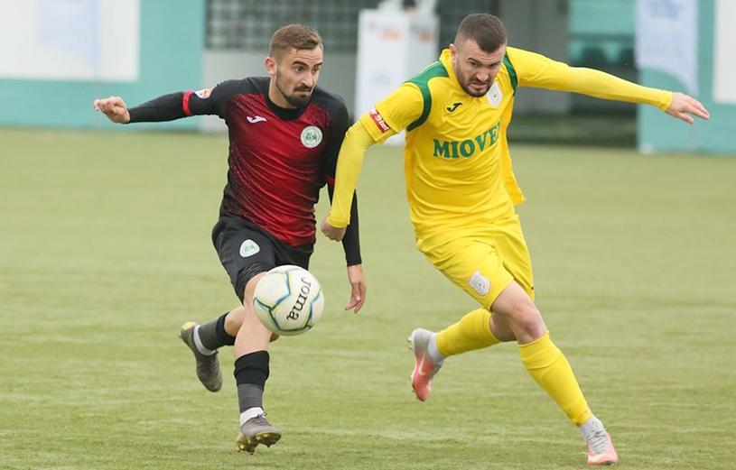Andrei Hergheligiu vs. Nicușor Fota, într-un CS Mioveni - Concordia Chiajna, în Liga 2