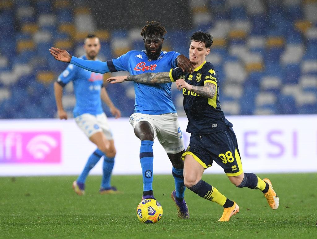 Dennis Man a trădat-o pe Anamaria Prodan pentru a se transfera la Parma prin intermediul fraților Becali