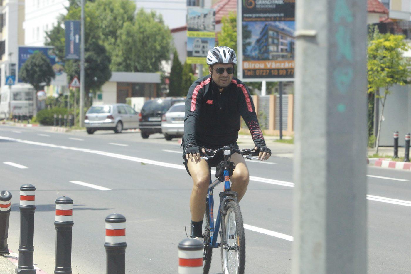 Adrian Mutu, surprins într-o postură inedită pe străzile din București