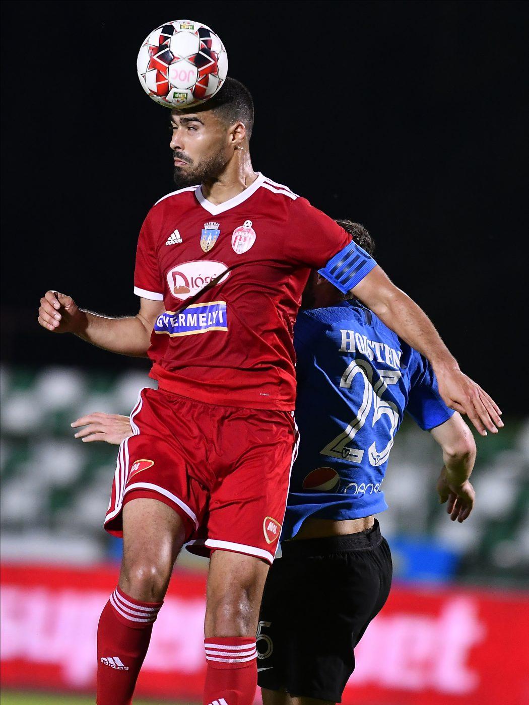 CFR Cluj vrea să-l transfere pe Rachid Bouhenna de la Sepsi