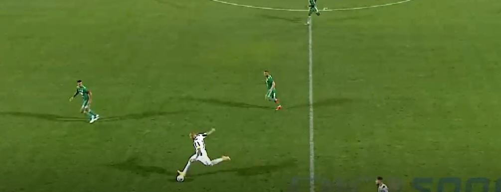 Denis Alibec a încercat un gol de efect, dar s-a făcut de râs
