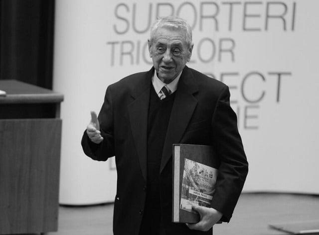 7 secrete din cariera fostului președinte al FRF, Mircea Pascu, decedat miercuri. Cum a jucat cartea Israelului la UEFA, conflictul cu Margaret Thatcher și ce demnitar comunist l-a adus din provincie la FRF | EXCLUSIV