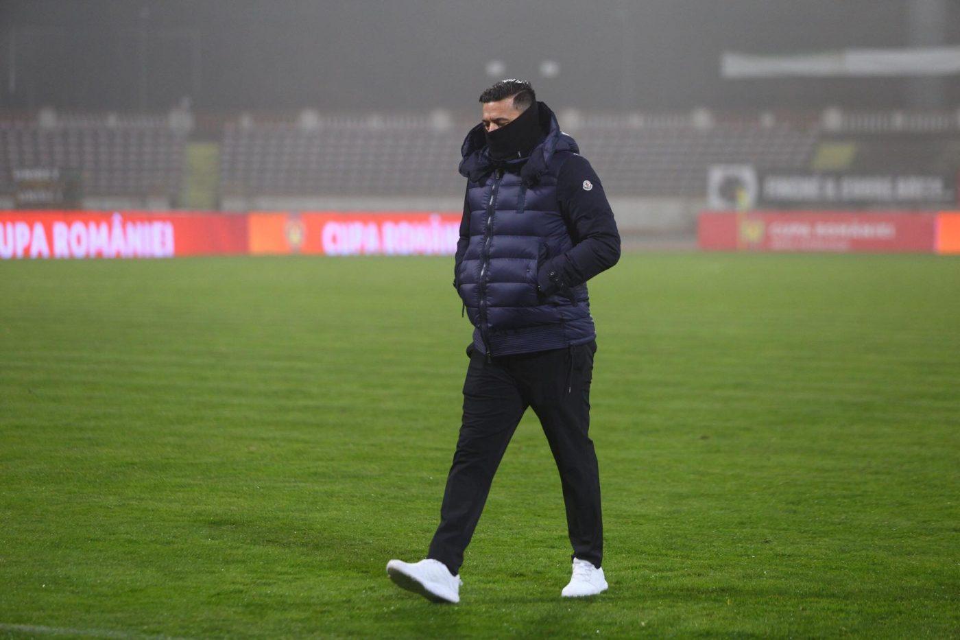 """Cosmin Contra i-a atacat pe șefii lui Dinamo și la finalul meciului cu Viitorul. """"Ce am trăit eu aici, nu doresc nimănui"""". Ce a răspuns la întrebarea dacă va conduce antrenamentul de luni"""