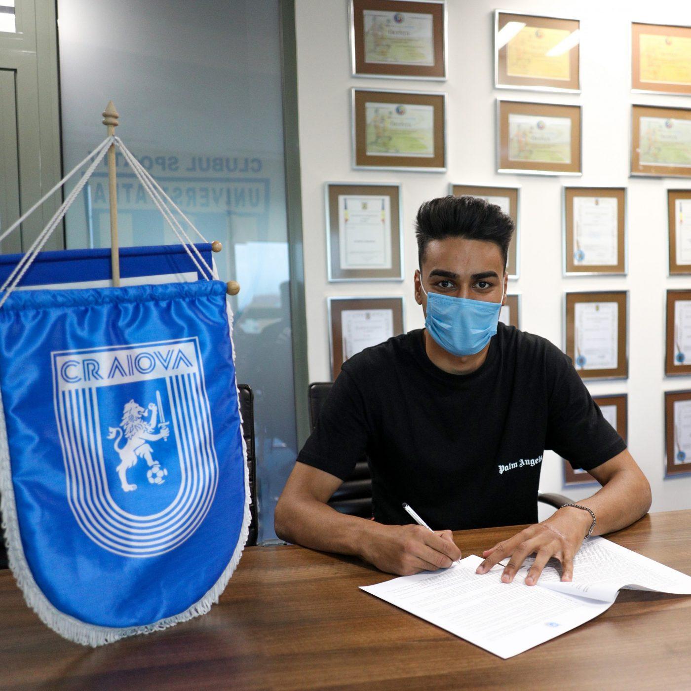 Ștefan Baiaram și-a prelungit contractul cu Universitatea Craiova. Mihai Rotaru i-a mărit salariul