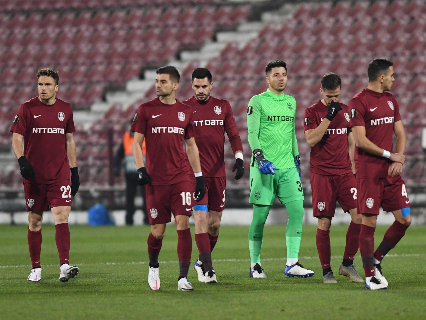 """Ilie Dumitrescu îl pune pe fugă pe urmașul lui Dan Petrescu: """"Echipa suferă, e final de ciclu!"""" Ce îl așteaptă pe noul antrenor al CFR-ului"""