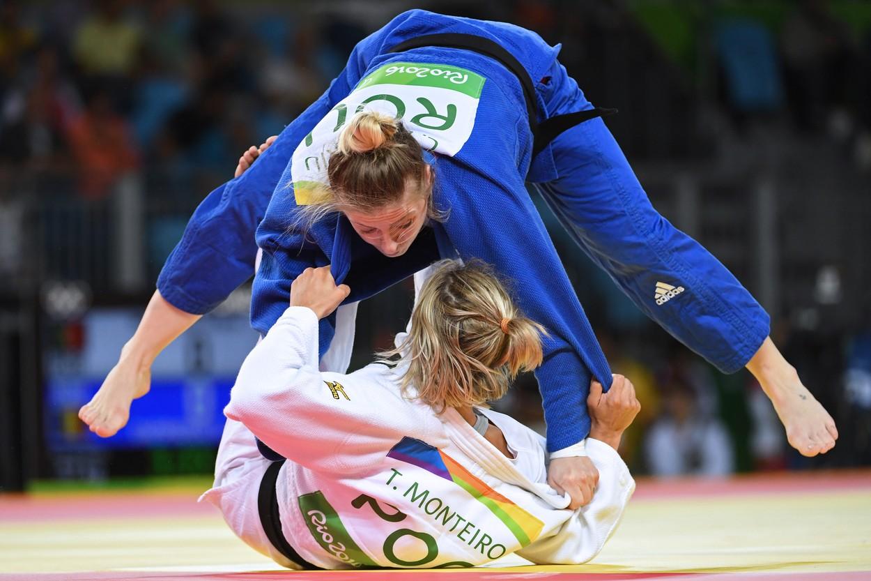 Corina Căprioriu campioana judo