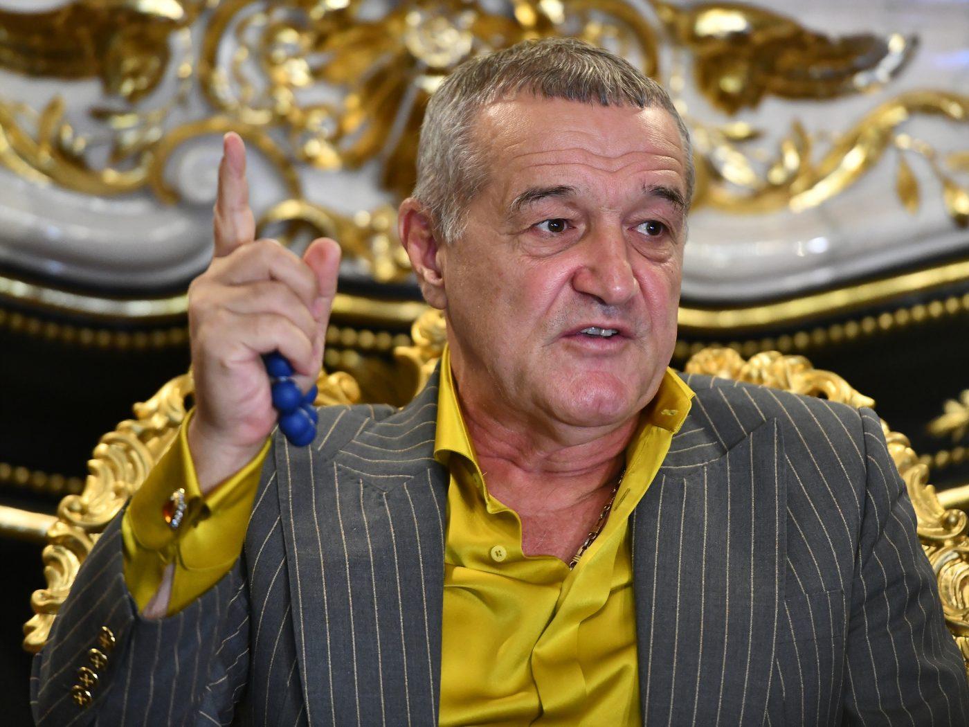 Becali l-a criticat constant pe Buș