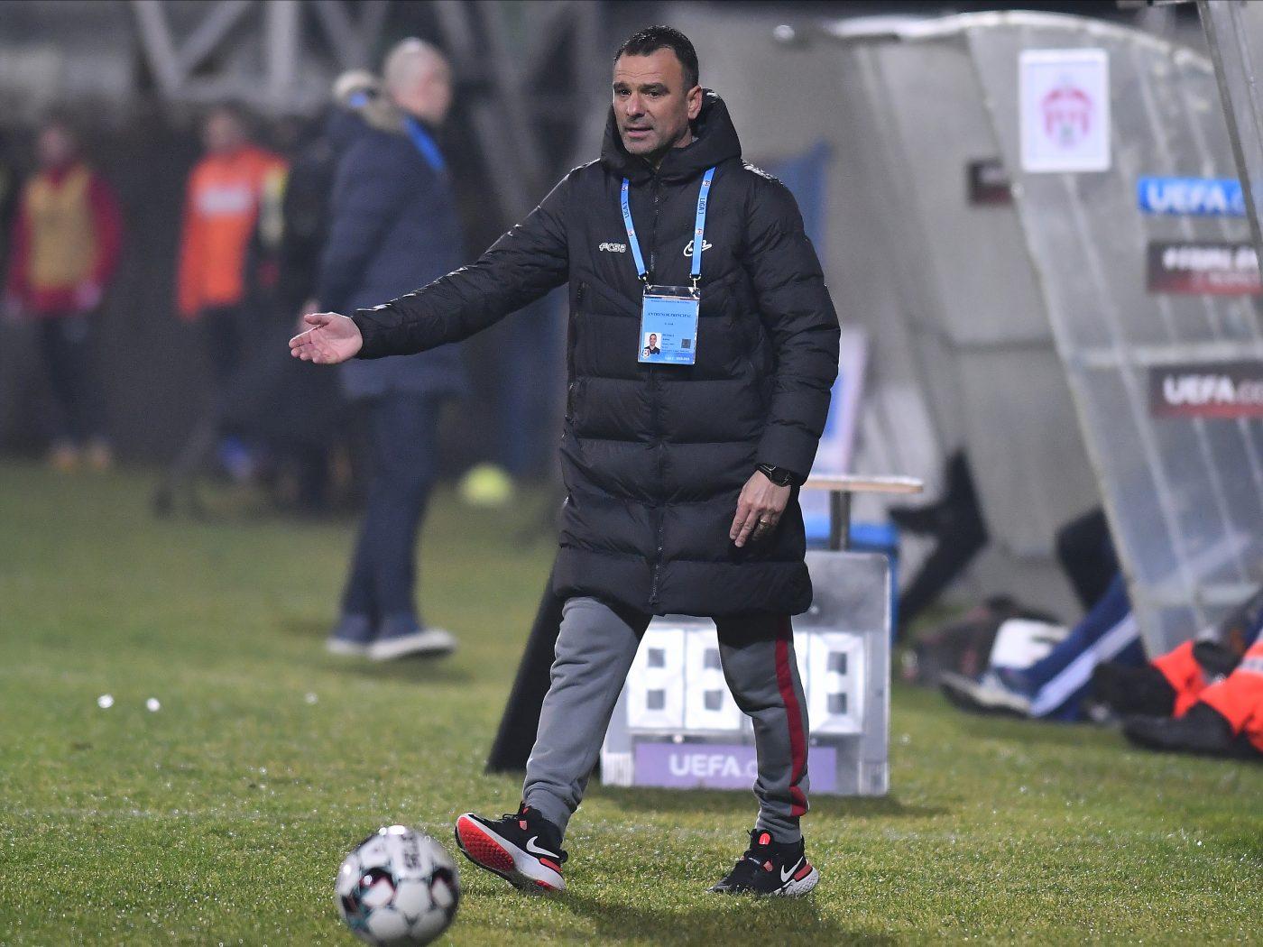 Ce s-a întâmplat, de fapt, între Dennis Man și Florin Tănase în momentul penalty-ului obținut de FCSB, la meciul cu FC Voluntari! Explicațiile lui Toni Petrea