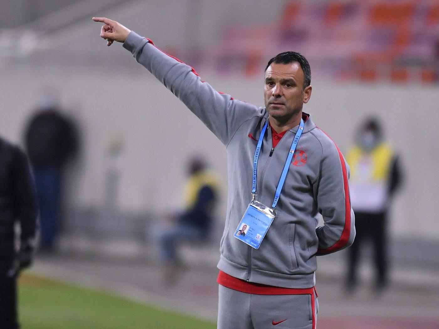 """Toni Petrea, avertisment înaintea primului meci al anului: """"Nu este bătut în cuie!"""" Ce spune antrenorul FCSB despre scandalul """"carantina"""""""