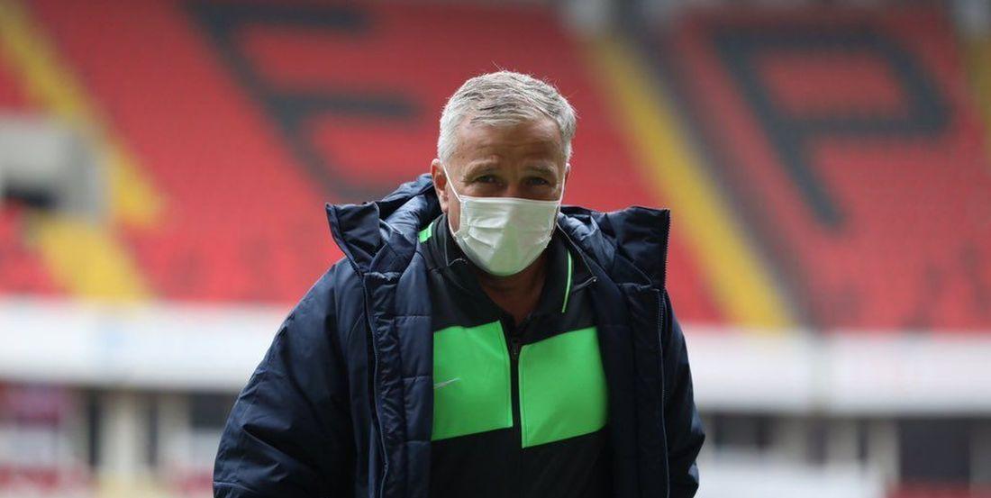 """Dan Petrescu și-a aruncat în aer cariera! Antrenorul, criticat dur după eșecul de la Kayserispor: """"A greșit! Foarte greu mai prinde o echipă de top"""""""