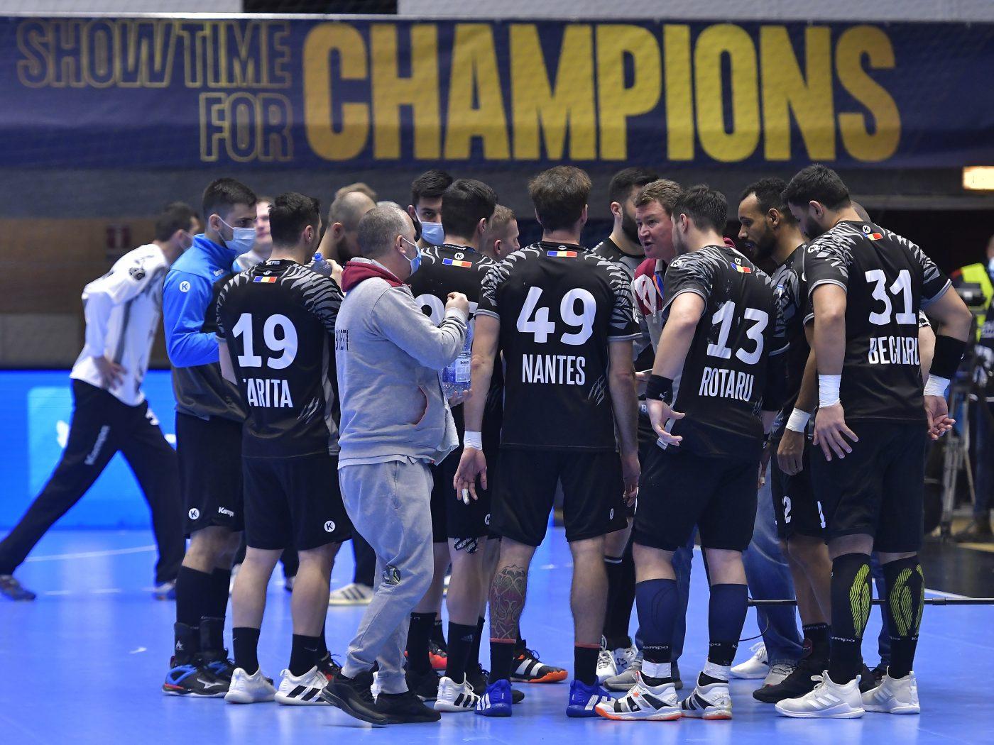 CSM București a învins AEK Atena la 5 goluri diferență în manșa tur a Cupei EHF, din cadrul optimilor de finală