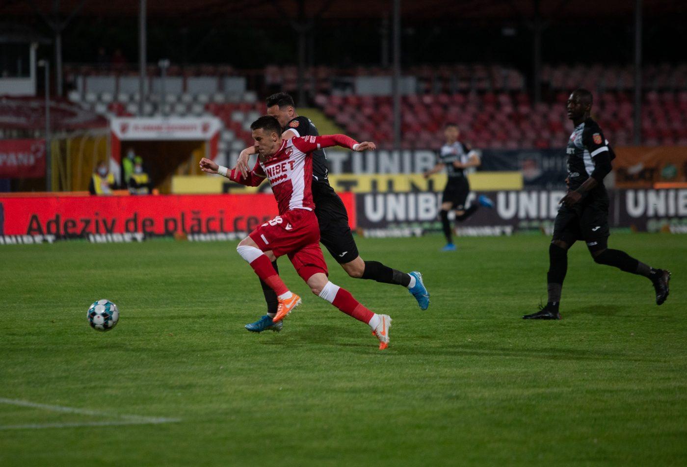 """Hermannstadt, pusă la pământ pe terenul lui Dinamo! Penalty-ul primit de """"câini"""" și cum(...)"""