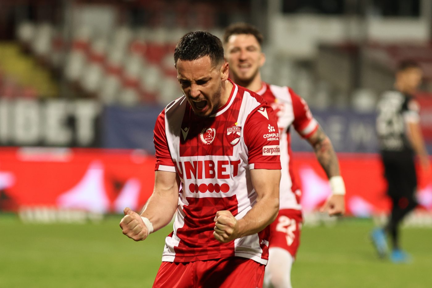 """O trădează Paul Anton pe Dinamo? Căpitanul """"câinilor"""", propus lui Gigi Becali. """"E potrivit pentru ce are nevoie FCSB!""""   EXCLUSIV ProSport LIVE"""