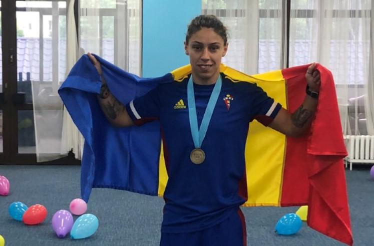 Boxul românesc este la un meci distanță de o medalie la Jocurile Olimpice de la Tokyo. Maria Claudia Nechita s-a calificat în sferturile de finală. Rezultatele sportivilor români în ziua a treia