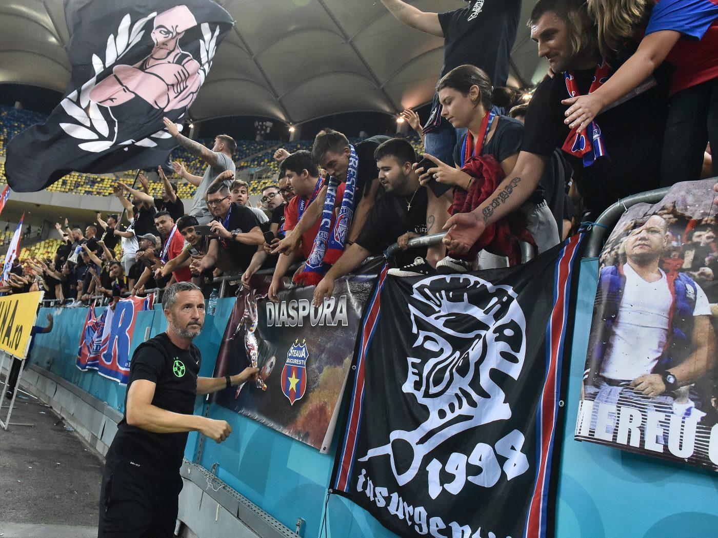 Suporterii FCSB duc o lupta pe toate planurile pentru identitatea clubului